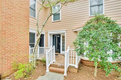 Sandy Springs Condo/Townhouse For Sale: 7500 Roswell Road #43