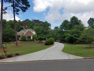 Alpharetta Single Family Home For Sale: 15345 Laurel Grove Drive
