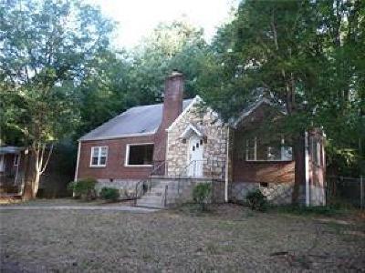 Decatur Single Family Home For Sale: 2184 W Ponce De Leon Avenue
