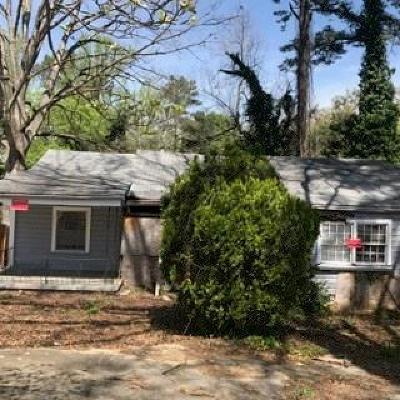 Single Family Home For Sale: 1551 Avon Avenue SW