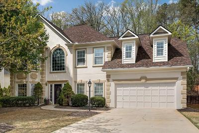 Roswell  Single Family Home For Sale: 2635 Almont Way