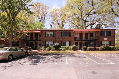 Decatur Condo/Townhouse For Sale: 2411 Lawrenceville Highway #D7