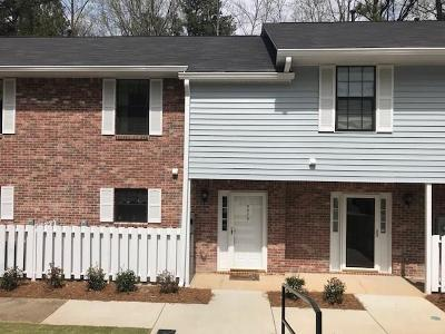 Peachtree Corners, Norcross Condo/Townhouse For Sale: 5975 Wintergreen Road #5975