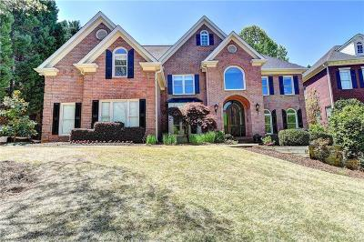 Alpharetta Single Family Home For Sale: 330 Stanyan Place