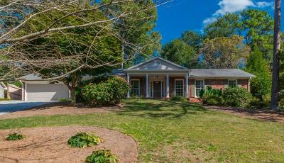 Sandy Springs Single Family Home For Sale: 745 Edgewater Trail