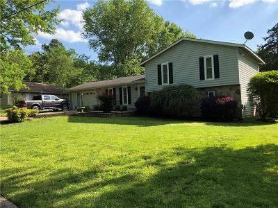 Single Family Home For Sale: 3304 Howell Meadow Drive