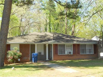 Atlanta Multi Family Home For Sale: 1073 Cascade Road SW