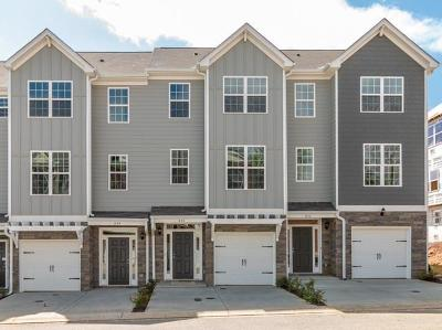 Kennesaw Condo/Townhouse For Sale: 844 Plaza Park Walk #41