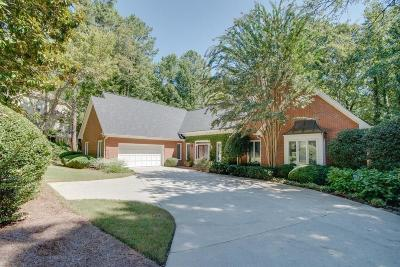 Sandy Springs Single Family Home For Sale: 215 Gold Creek Court