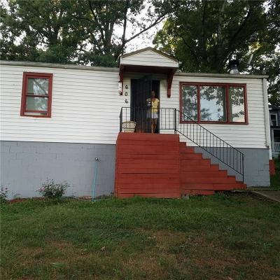 Single Family Home For Sale: 606 W Lake Avenue NW