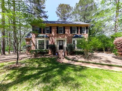 Roswell Single Family Home For Sale: 4907 Laurel Spring Drive NE