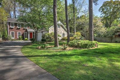 Sandy Springs Single Family Home For Sale: 620 Hunters Branch Lane