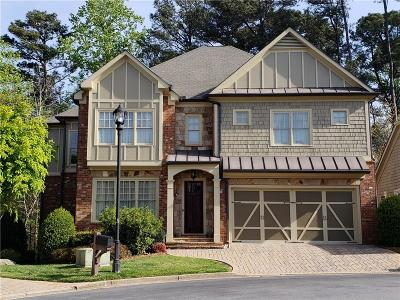 Johns Creek Single Family Home For Sale: 915 Woodsmith Lane