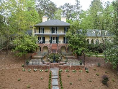 Atlanta Single Family Home For Sale: 750 Tanglewood Trail