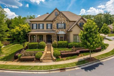 Alpharetta Single Family Home For Sale: 3035 Woodvale Court