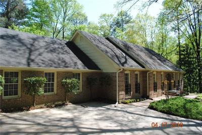 Sandy Springs Single Family Home For Sale: 7297 Riverside Drive
