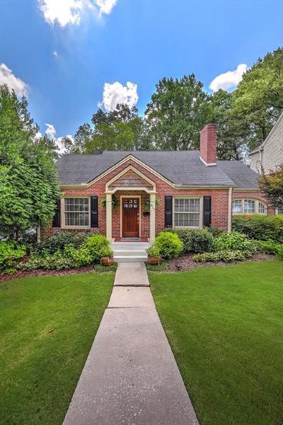 Single Family Home For Sale: 817 Highland Terrace NE