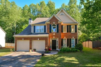 Roswell Single Family Home For Sale: 545 Camber Woods Drive