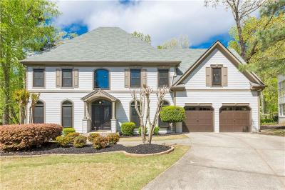 Alpharetta Single Family Home For Sale: 935 Waters Reach Court
