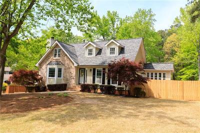 Marietta Single Family Home For Sale: 2320 Brownstone Court