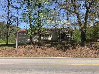 Single Family Home For Sale: 3384 Cleveland Highway