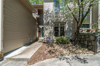 Condo/Townhouse For Sale: 3806 Stonewall Terrace SE