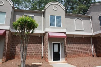 Chamblee Condo/Townhouse For Sale: 3301 Henderson Mill Road #T2