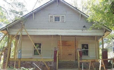 Atlanta Single Family Home For Sale: 1020 Astor Avenue SW