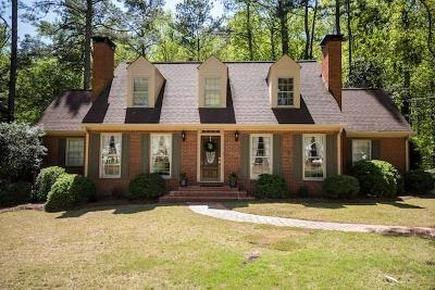 Marietta Single Family Home For Sale: 518 Heyward Circle NW