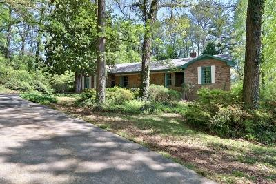 Lawrenceville Single Family Home For Sale: 2202 Cruse Road
