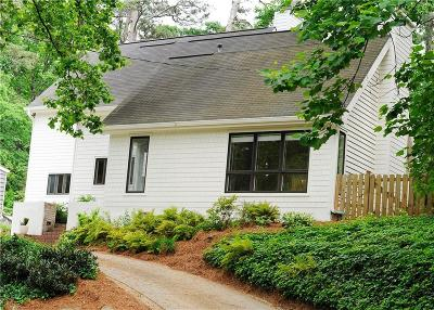 Atlanta Single Family Home For Sale: 718 Wilson Road NW