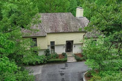 Single Family Home For Sale: 3946 Paces Ferry Road NW