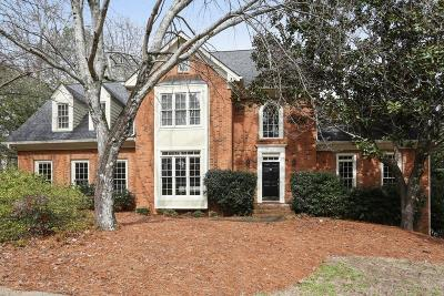 Atlanta Single Family Home For Sale: 2070 Dunwoody Heritage Drive