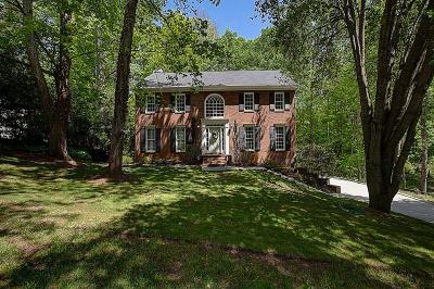 Alpharetta Single Family Home For Sale: 940 White Oak Pass