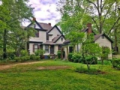 Social Circle Single Family Home For Sale: 207 E Hightower Trail