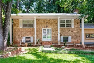 Forest Park Single Family Home For Sale: 5954 Elm Drive