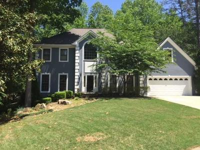 Kennesaw Single Family Home For Sale: 4283 Country Garden Walk NW