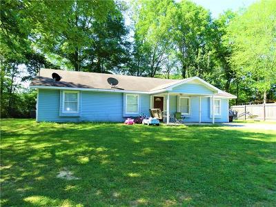 Calhoun GA Single Family Home For Sale: $135,000