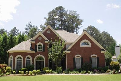 Johns Creek Single Family Home For Sale: 11210 Donnington Drive