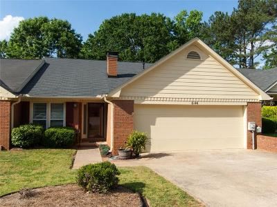 Douglasville Condo/Townhouse For Sale: 6146 Douglas Manor Court