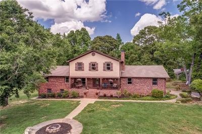 Hall County Single Family Home For Sale: 3801 Poplar Springs Road