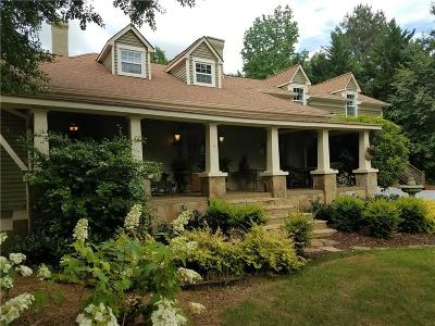 Roswell Single Family Home For Sale: 10465 Woodstock Road