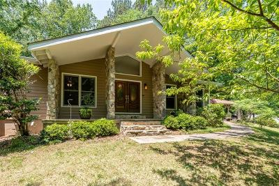 Roswell  Single Family Home For Sale: 505 Periwinkle Drive