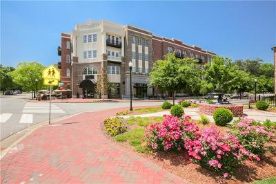 Alpharetta Condo/Townhouse For Sale: 58 Canton Street #402