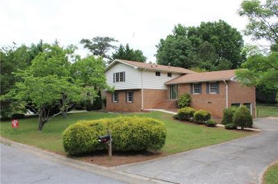 Atlanta Single Family Home For Sale: 4741 Village North Court
