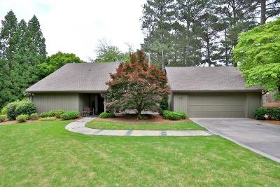 Marietta Single Family Home For Sale: 130 Indian Hills Court