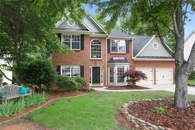 Roswell Single Family Home For Sale: 575 Kingsport Drive
