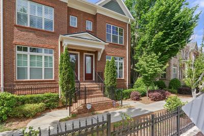 Atlanta Condo/Townhouse For Sale: 353 Alderwood Lane #353