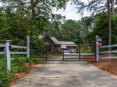 Loganville Single Family Home For Sale: 3958 Pate Road