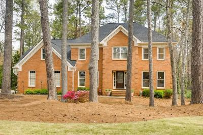 Roswell  Single Family Home For Sale: 730 Gable Ridge Road